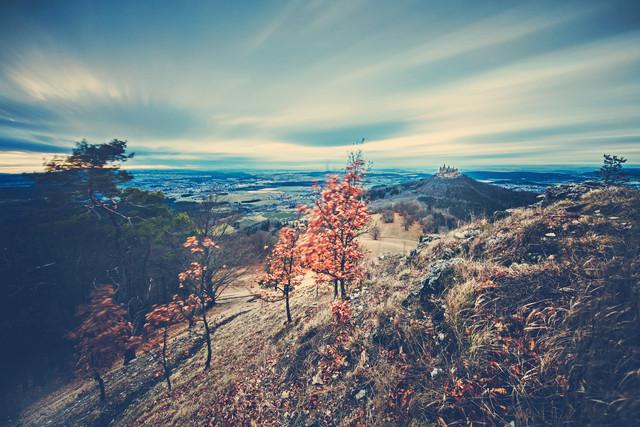 Langzeitbelichtete Landschaft mit Burg Hohenzollern - fotokunst von Franz Sussbauer