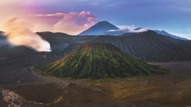 Indonesien Mount Bromo - fotokunst von Jean Claude Castor