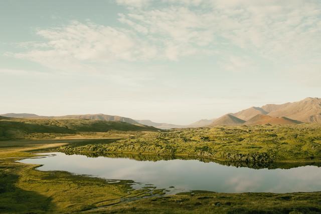 Berge am See II - fotokunst von Pascal Deckarm