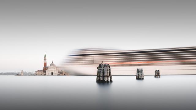 MSC Musica Venedig - fotokunst von Ronny Behnert