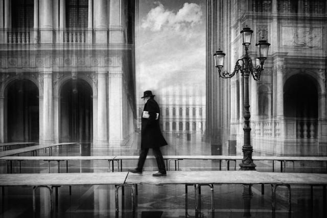 Spaziergang trockenen Fußes - fotokunst von Roswitha Schleicher-Schwarz