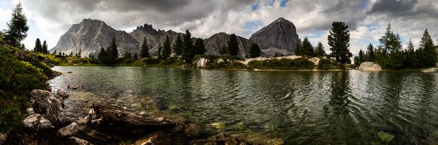 Lago Limides - Dolomiten - fotokunst von Mikolaj Gospodarek