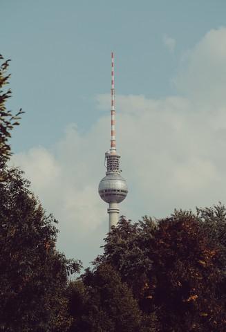 Fernsehturm - Berlin - fotokunst von Florent Bodart
