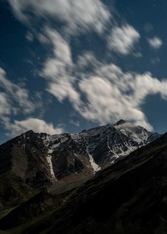 View at night - fotokunst von Michael Wagener