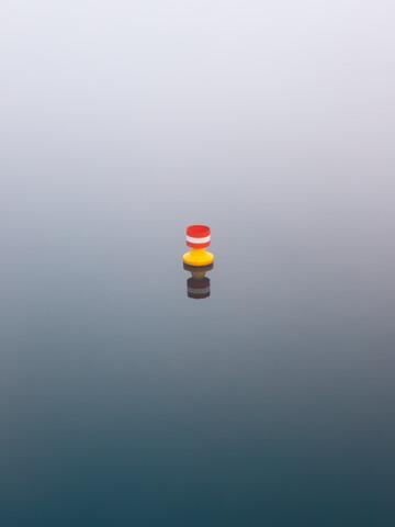 blue meets red and yellow - fotokunst von Holger Nimtz