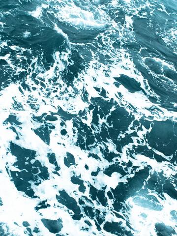 Blue Ocean - fotokunst von Victoria Frost