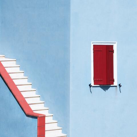 Upstairs - fotokunst von Rupert Höller