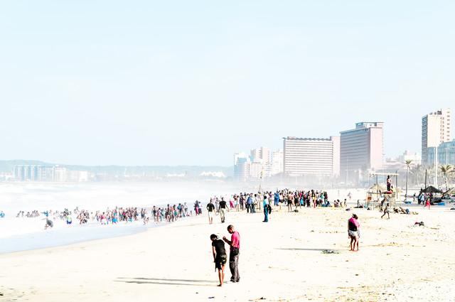 Durban Beach - fotokunst von Karin Schiel