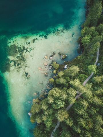 Bergsee aus der Luft - fotokunst von Nico Schuth