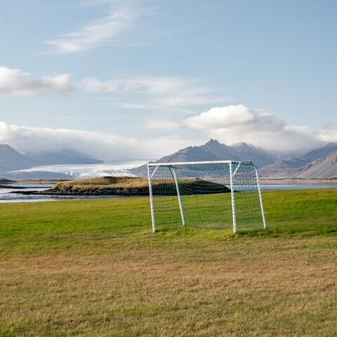 Gras, Tor, Gletscher - fotokunst von Franz Sussbauer