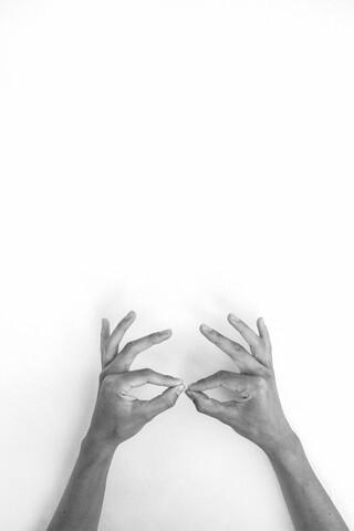 Hands 6 - Be Batman - fotokunst von Studio Na.hili