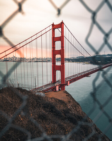 Golden Gate Bridge sunrise - fotokunst von Dimitri Luft