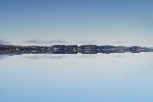 mirror lake - fotokunst von Christian Kluge