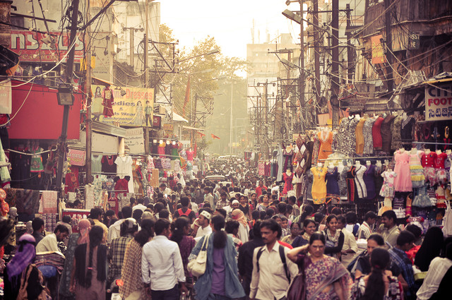 Hyderabad Old City Market - fotokunst von Keerthi Kiran Bandru
