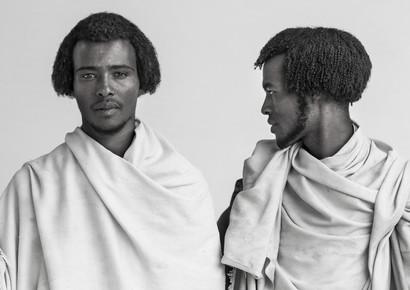 Eric Lafforgue, Karrayyu tribe men, Ethiopia (Äthiopien, Afrika)