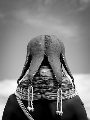 Eric Lafforgue, Mwila tribe woman hairstyle, Huila, Angola (Angola, Afrika)