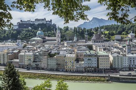 Melanie Viola, SALZBURG Wunderschöner Blick auf die Altstadt (Österreich, Europa)