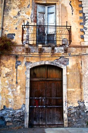 Silva Wischeropp, Sizilianische Fassade an der Ostküste (Italien, Europa)
