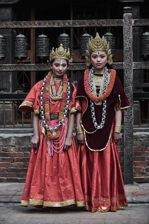 Jan Møller Hansen, Newari girls from Nepal (Nepal, Asien)