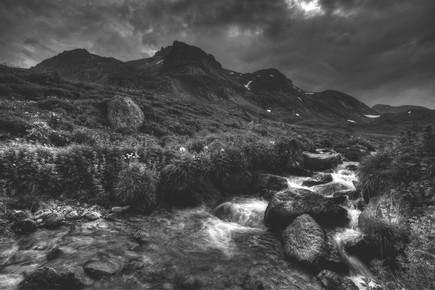 Christian Göran, Alp river. (Italien, Europa)