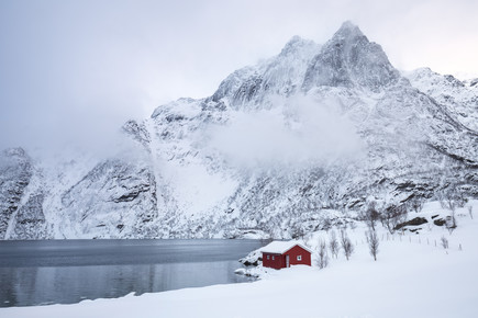 Moritz Esser, Wintertraum am See (Norwegen, Europa)