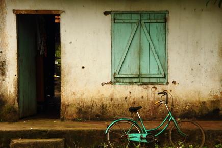 Chris Heinz, Simple Life (Vietnam, Asien)