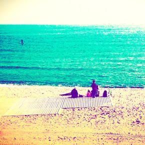 Benan Ozgurkan, silence on the beach (Spanien, Europa)