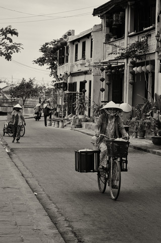 Streets from Hoi An - Fineart photography by Phyllis Bauer