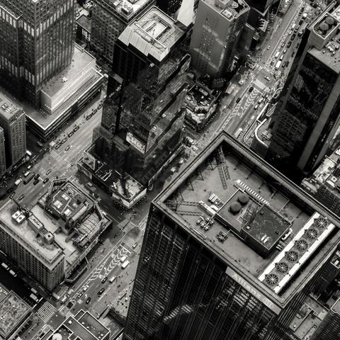 Stompin' down Broadway - Fineart photography by Regis Boileau