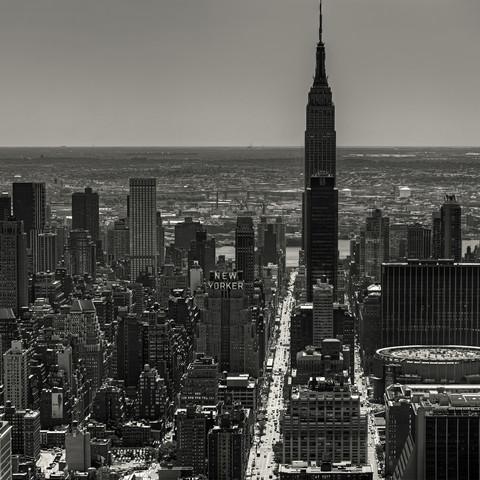 Apple-shot  - Fineart photography by Regis Boileau