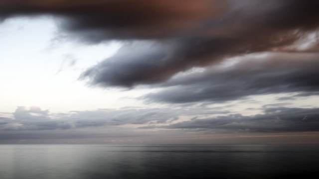 Morgenrot - Fineart photography by Gabi Kuervers