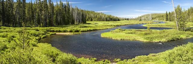 Fluss in die Ferne - Fineart photography by Michael Stein