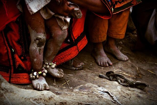 The tiny feet experience big harsh - Fineart photography by Rada Akbar