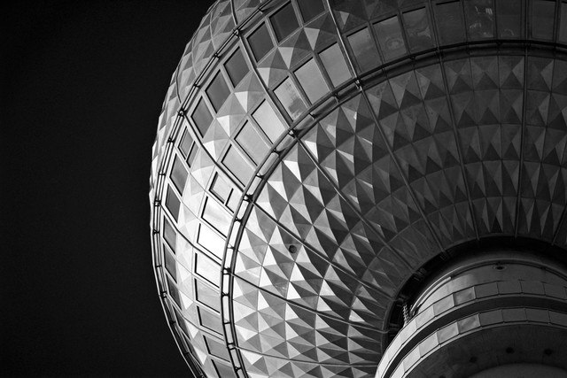 Fernsehturm Berlin - Fineart photography by Gordon Gross