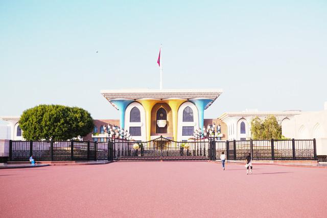 Al-Alam palace, Muscat, Oman - Fineart photography by Eva Stadler