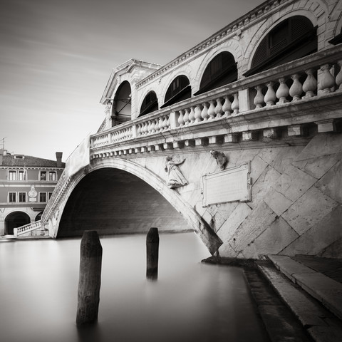 ponte di rialto - Fineart photography by Ronny Behnert