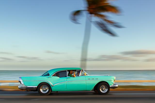 Cuban Car - Fineart photography by Mathias Becker