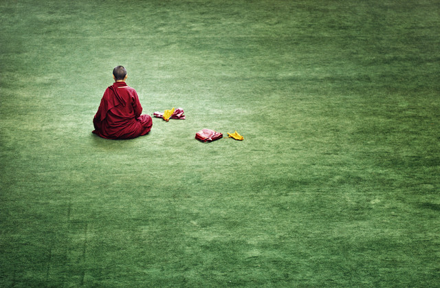 Nun at Larung Gar - Fineart photography by Victoria Knobloch
