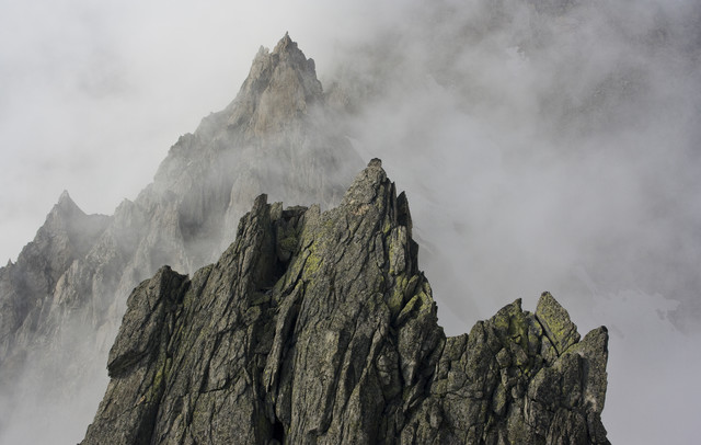 peaks in the fog - Fineart photography by Martin Kensy