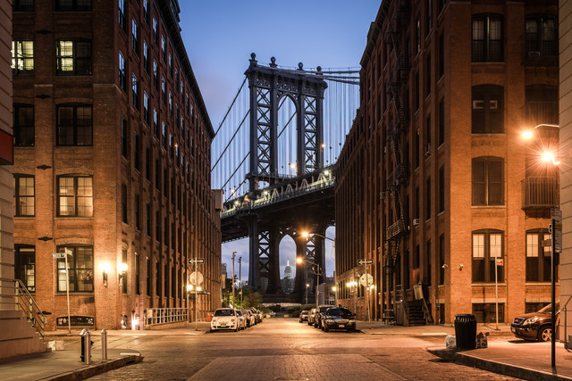 New York 5:30 AM - Fineart photography by Roman Becker