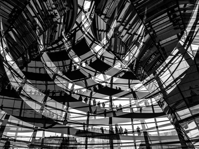 Besucherströme - Fineart photography by Klaus Lenzen