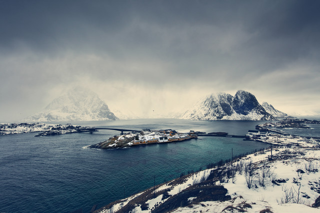 [:] HERE COMES TJE SNOW [:] - Fineart photography by Franz Sussbauer