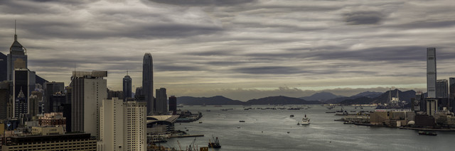 Victoria Harbour - Fineart photography by Rob Smith