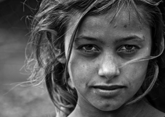 Look - Fineart photography by Dejan Dajkovic
