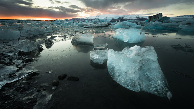 Sundown at Glacier Lagoon Joekulsarlon - Fineart photography by Dennis Wehrmann