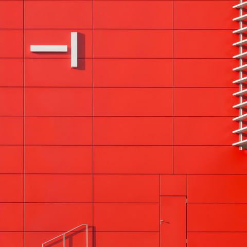 the wall - Fineart photography by Klaus Lenzen
