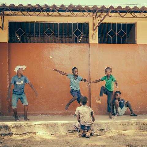 township Mafalala Maputo Mozambique - Fineart photography by Dennis Wehrmann