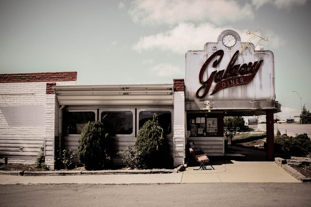 galaxy diner. - Fineart photography by Florian Paulus