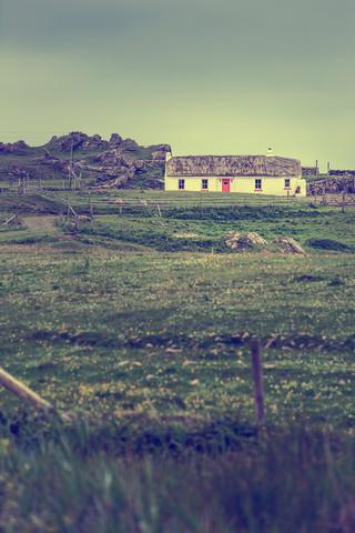 Irish Cottage - Fineart photography by Eva Stadler