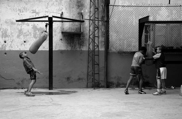 The boxer - Fineart photography by Simon Bode